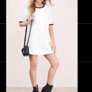 Tobi T shirt Mini Dress Size Small